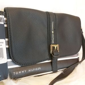 Tommy Hilfiger NWT Claire Crossbody purse